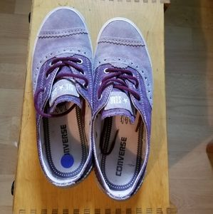 Converse All-Star Dainty Brogue Size 8/Size 6Y